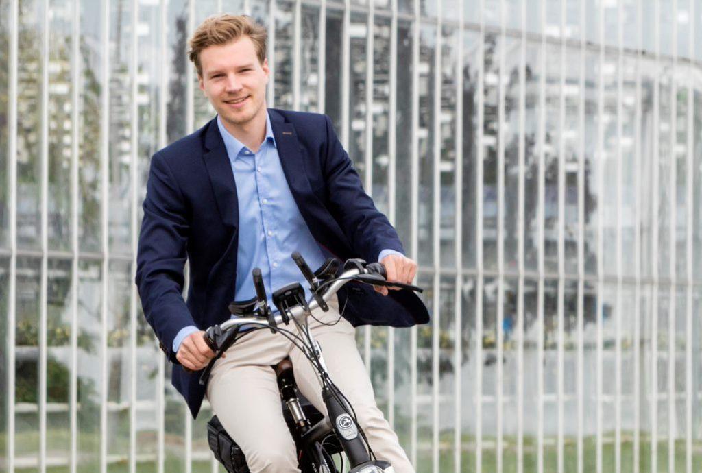 Jeroen op de fiets